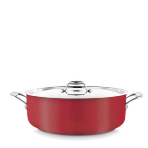 A low casserole pot in red.