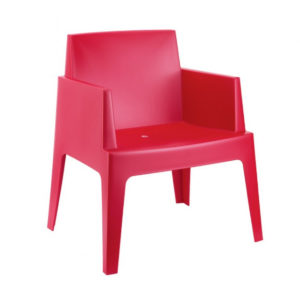 A block chair in red.